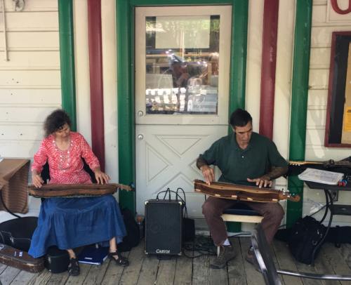 Dulcimer music at Genoa Country Store